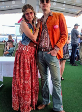 Костюм в стиле Диско 80х с ярким винтажным пиджаком в эффектный принт (Копировать)
