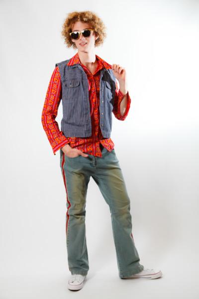 Мужской костюм в стиле 70х — 80х.