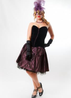 Платье в стиле Бурлеск / Мулен Руж с бархатным корсетом в мелкие пуговки и бордовой юбкой