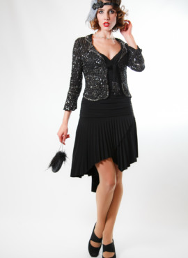 Костюм в стиле 20-30х годов черное платье и шифоновая кофточка расшитая камнями.
