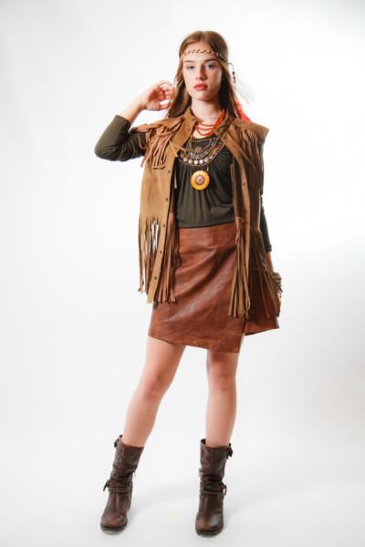 Костюм в стиле 70х / Хиппи / девушка индеец / Апачи с кожаной юбкой и желеткой