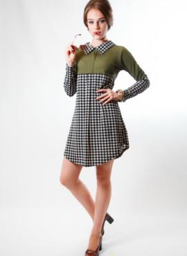 Платье трапеция в стиле 70х годов хаки