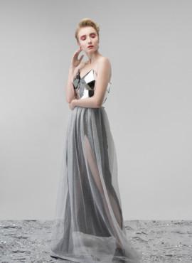 Дизайнерское платье с корсетом из зеркал